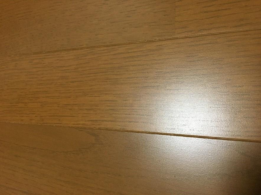 家具によるフローリングの傷・へこみの補修方法